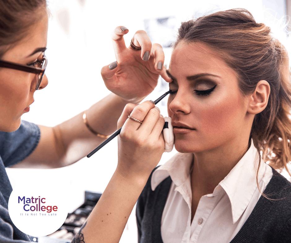 Make-Up Application Comprehensive Course